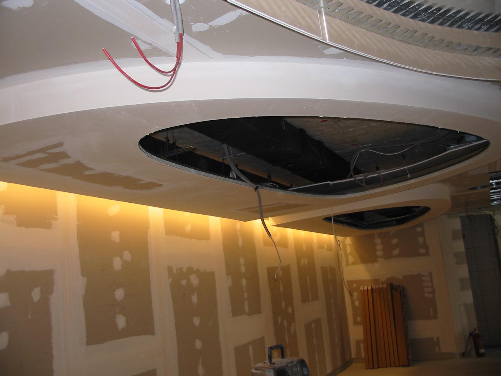 Izdelava dekorativnih svetilk organskih oblik v kombinaciji z barisol stropom